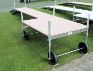 32' Long V-Dock Roll-In with a 8' x 10' Sun Deck 2010